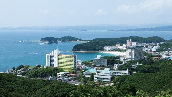京都大学フィールド科学教育研究センター 瀬戸臨海実験所 いのち豊かな地で謳歌する、生命の神秘と生物の多様性
